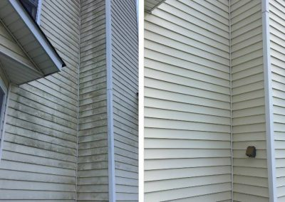 before-and-after-2-vinyl-siding-cleaning
